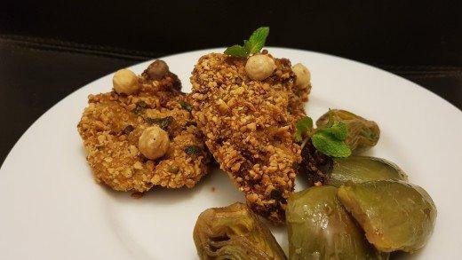 preview della video ricetta: Agnello alle nocciole con carciofi